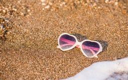 plażowi okulary przeciwsłoneczne Obrazy Stock