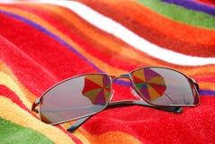 plażowi okulary przeciwsłoneczne Obraz Stock