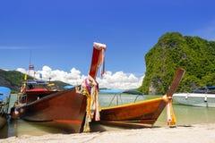 plażowy łódkowaty długi ogon Thailand obraz stock