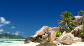 Plażowy Anse źródło d'Argent zdjęcia royalty free