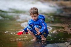 plażowy bawić się chłopiec Zdjęcie Stock