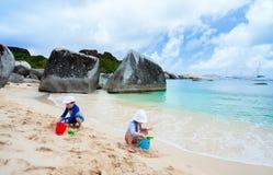 plażowy bawić się dzieciaków Obrazy Royalty Free