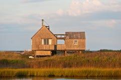Plażowy dom na bariery wyspie stawia czoło północnego atlantyk Zdjęcia Royalty Free