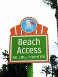 Plażowy dostępu znak obraz stock
