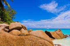 Plażowy Georgette przy wyspą Praslin, Seychelles - zdjęcie stock