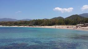 Plażowy i błękitny denny kolorowy Sardinia Fotografia Royalty Free