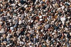 Plażowy mały barwiony otoczak Fotografia Stock