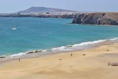 Plażowy Playa Mujeres na Południowym Lanzarote, wyspy kanaryjska, Hiszpania Zdjęcie Stock