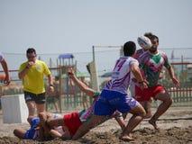 Plażowy rugby Rosolina 2017 - Strani Tipi vs Plażowi kolesie Obraz Stock