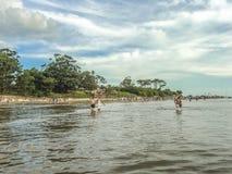 Plażowy widok od wody obraz royalty free