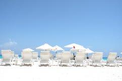 plaży krzeseł głębii pola płycizna bardzo Zdjęcie Stock