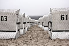 plaży krzeseł głębii pola płycizna bardzo Obraz Stock