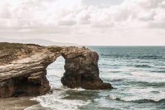 Plaża katedry z wielkimi kamieniami Ribadeo, Hiszpania Zdjęcia Stock