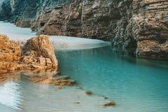 Plaża katedry z wielkimi kamieniami Ribadeo, Hiszpania Obrazy Stock