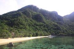 plażowa tropikalna wyspa Zdjęcia Royalty Free