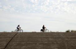 Plażowa zabawa na Brouwersdam siódmy struktura delta Pracuje Zdjęcia Stock
