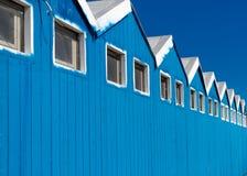 Plażowe budy na niebieskim niebie Fotografia Stock