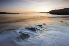 plażowe toczne mroczne fala Obraz Stock