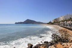 Plażowy Altea Hiszpania i domie Zdjęcie Royalty Free