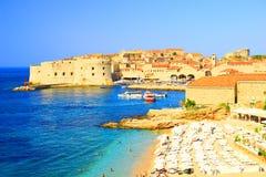 Plażowy Banje i Dubrovnik w Chorwacja Obraz Royalty Free