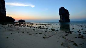 Plażowy boczny Sri Lanka w wieczór zdjęcie wideo