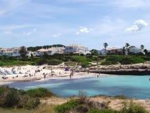 plażowy bosch Cala menorca n Spain Zdjęcia Stock
