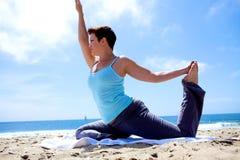 plażowy joga Obrazy Royalty Free