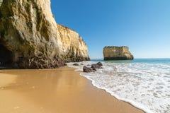 Plażowy raj od Lagos, Portugalia Zdjęcia Stock