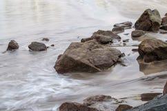 plażowy skalisty brzeg fotografia stock