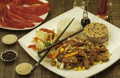 Plaat met Chinees voedsel Royalty-vrije Stock Fotografie