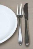 Plaat met mes en vork Royalty-vrije Stock Afbeeldingen