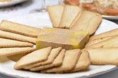 Plaat met pastei en toost Royalty-vrije Stock Foto