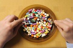 Plaat met Pillen Stock Foto's