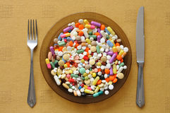 Plaat met Pillen Stock Foto