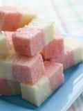 Plaat van de Snoepjes van het Ijs van de Kokosnoot Stock Fotografie