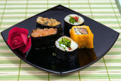 Plaat van een susi en een broodje royalty-vrije stock foto's