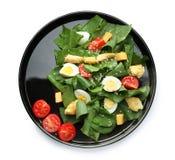 Plaat van salade met kwartelseieren en spinazie Royalty-vrije Stock Foto