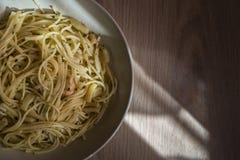 Plaat van spaghetti stock fotografie