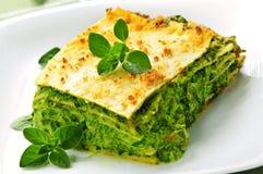 Plaat van vegeterian lasagna's royalty-vrije stock afbeelding