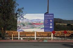 Plaats van Nieuwe Irwindale, CA de Gouden Post van de Lijn Royalty-vrije Stock Afbeelding