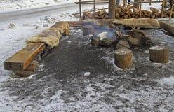 Plaats voor het dorp van barbecue bijna Santa Claus in Lapland Royalty-vrije Stock Foto
