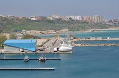 Placé sur la vue du port Constanta Roumanie de Tomis Photographie stock
