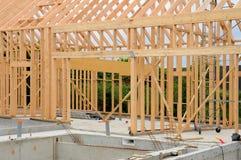 Plac budowy drewniany dom Obrazy Stock