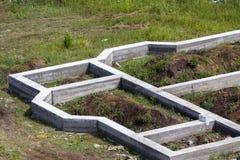 Plac budowy w zieleni polu Zakończenie szczegół okopy kopiący wewnątrz Zdjęcie Royalty Free