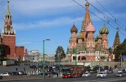 Plac Czerwony, katedra Basztowa St basil Błogosławiony, spadek Fotografia Royalty Free