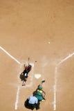 Placa casera del beísbol con pelota blanda Foto de archivo libre de regalías