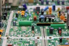 Placa com componentes eletrônicos imagens de stock royalty free