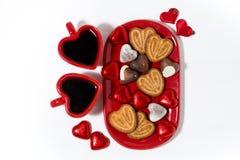 Placa com cookies e doces para o dia do ` s do Valentim do St Foto de Stock Royalty Free