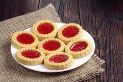 Placa con las galletas dulces Fotos de archivo libres de regalías