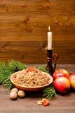 Placa con los eslavos tradicionales de la invitación de la Navidad el Nochebuena S Foto de archivo libre de regalías